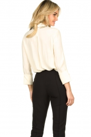 ELISABETTA FRANCHI    Blouse with metallic collar Toxic   natural     Picture 6