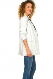 Ibana |  Leather blazer Novie | white  | Picture 4