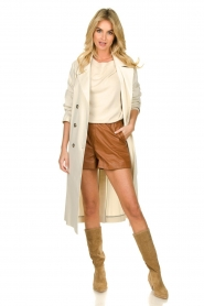 Ibana |  Brown leather short Feast | camel  | Picture 6