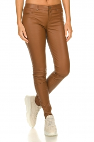 Ibana |  Stretch leather pants Tarte Tatin | camel  | Picture 2