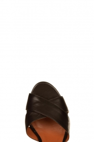 Matteo Pitti | Leather sandals Daphne | black  | Picture 5