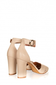 Matteo Pitti : Leather sandals Daphne | off-white - img4