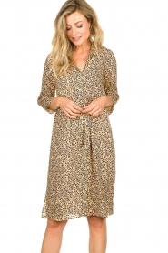 Second Female |  Midi print dress Eli | brown  | Picture 4