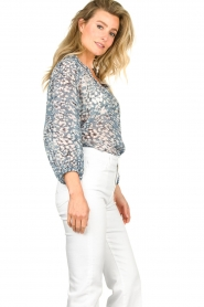 Second Female :  Print blouse Clouds | blue - img5