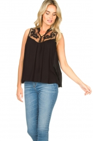 Silvian Heach |  Sleeveless top with lace Krasnodar | black  | Picture 4