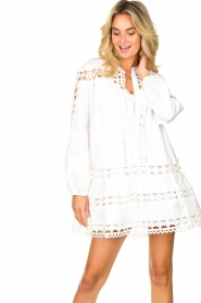 Devotion |  Cotton dress with embroidery details Christina | white  | Picture 4