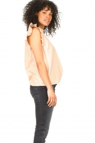 Sofie Schnoor |  Lurex top with ruffles Gritt | pink  | Picture 5