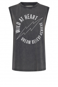 Sofie Schnoor    Sleeveless T-shirt with text imprint Ariana   black    Picture 1