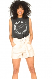 Sofie Schnoor    Sleeveless T-shirt with text imprint Ariana   black    Picture 4