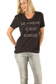 Zoe Karssen | T-shirt Le Freak | zwart  | Afbeelding 2