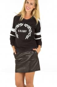 Zoe Karssen | Sweater Champ | zwart  | Afbeelding 2