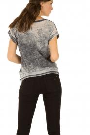 Set | T-shirt Cindy | grijs  | Afbeelding 5