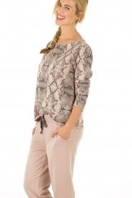 Juvia | Sweater Snake | roze   | Afbeelding 4