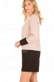 Ana Alcazar | Jurk Giselle | roze  | Afbeelding 4