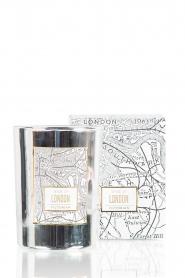 Victorian Candles | Geurkaars London | zilver  | Afbeelding 2