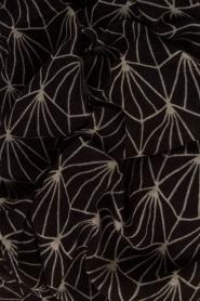 Becksöndergaard | Zijden sjaal Lalin | zwart  | Afbeelding 4