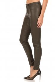 Set | Strechleren 5-pockets broek Lola | donkergroen  | Afbeelding 4