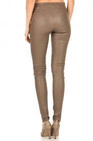 Arma | Lamsleren stretchlegging Roche | taupe  | Afbeelding 5