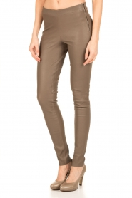 Arma | Lamsleren stretchlegging Roche | taupe  | Afbeelding 4