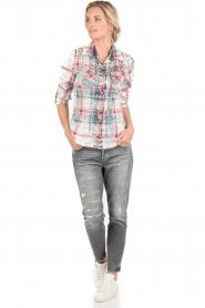 Dishe Jeans | Geruite studded blouse Rhiana | rood en blauw   | Afbeelding 3