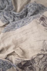 I love my Moment | Fijngebreide sjaal Hally | grijs  | Afbeelding 3