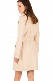 Patrizia Pepe | Double breasted trenchcoat Maria | nude  | Afbeelding 5