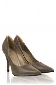 Leather pumps Nicole   grey
