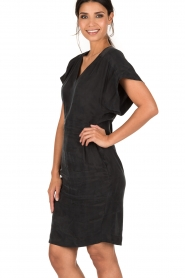 Dante 6 | Cupro jurk Venour | donkerblauw  | Afbeelding 4