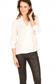 Dante 6 | Overslag blouse Mendo | wit  | Afbeelding 2