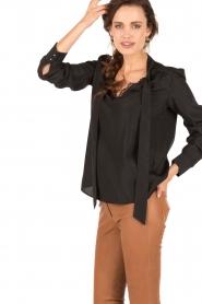 IKKS | Pussybow blouse Tess | zwart  | Afbeelding 3