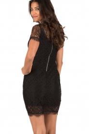 Aaiko | Kanten jurk Lacy | zwart  | Afbeelding 5