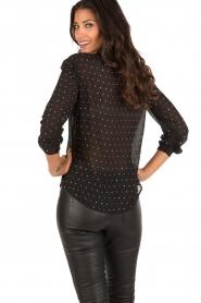 Patrizia Pepe | Doorschijnende blouse Simona | zwart  | Afbeelding 5