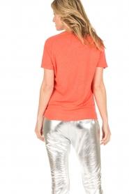 Zoe Karssen | T-shirt Raglan | neon oranje  | Afbeelding 5