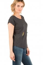 Leon & Harper | T-shirt Tova | zwart  | Afbeelding 4