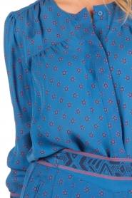 Hoss Intropia | Zijden blouse Alita | blue  | Afbeelding 6