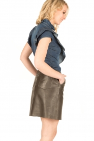 ELISABETTA FRANCHI | Mouwloze denim blouse Pien | blauw  | Afbeelding 5