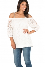 Ana Alcazar | Off-shoulder top Louiza | wit  | Afbeelding 2