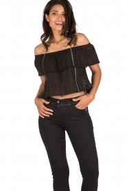 Patrizia Pepe | Off-shoulder top Flora | zwart  | Afbeelding 2