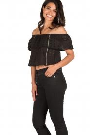 Patrizia Pepe | Off-shoulder top Flora | zwart  | Afbeelding 4