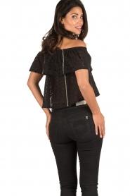 Patrizia Pepe | Off-shoulder top Flora | zwart  | Afbeelding 5
