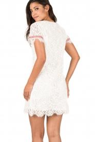 Patrizia Pepe | Kanten jurk Fiorenza | wit  | Afbeelding 5