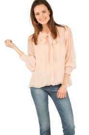 Hoss Intropia | Pussybow blouse Kim | roze  | Afbeelding 2