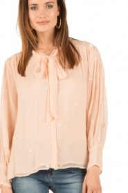 Hoss Intropia | Pussybow blouse Kim | roze  | Afbeelding 6