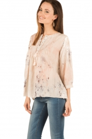 Hoss Intropia | Lace-up blouse Rosanna | roze  | Afbeelding 4