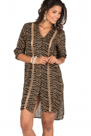 BEACHGOLD | Lange blouse Cruz | bruin  | Afbeelding 2
