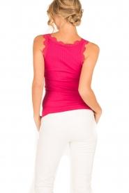 Rosemunde | Zijden V-hals top Babette | roze  | Afbeelding 4