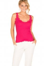 Rosemunde | Zijden V-hals top Babette | roze  | Afbeelding 2