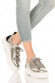 Morobé | Leren platform sneaker Cannes | zilver  | Afbeelding 2