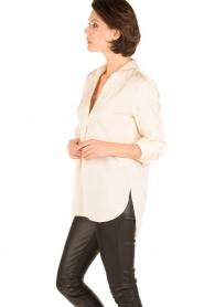 By Malene Birger | Zijden blouse Ayoh | naturel  | Afbeelding 4