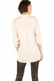 By Malene Birger | Zijden blouse Ayoh | naturel  | Afbeelding 5